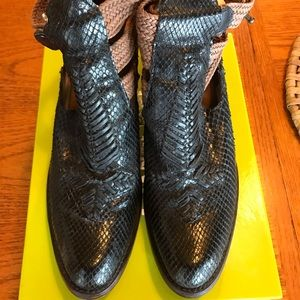 Corral Python Booties size 9.5